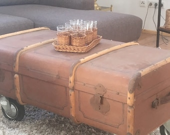 Vintage Coffee Table Suitcase table
