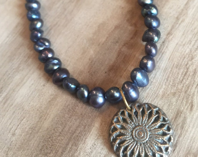 Antique Button Necklace, Freshwater Pearl Necklace, Black Pearl, Black Pearl Necklace, Gold and Pearl Necklace