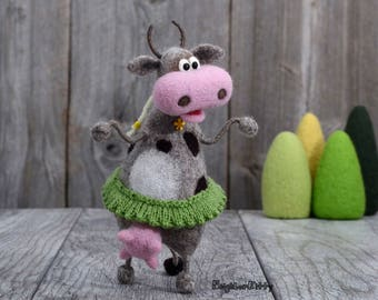Needle felted Cow, Country home decor, Needle felted animal, Funny art, Knitted animal, Soft sculpture, Birthday gift, Wool figurine