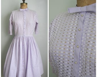 Vintage 1950's Lavender Eyelet Dress// Pearl Buttons// Tailored Junior//