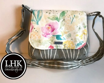 Small spring crossbody purse messenger bag