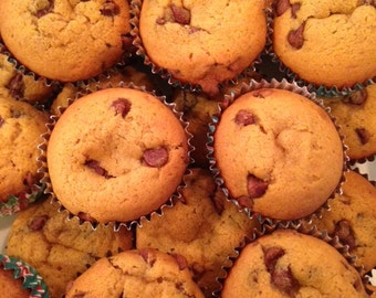 Homemade Pumpkin Chocolate Chip Muffins