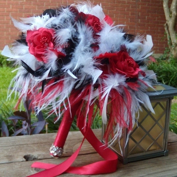 Diy Feather Bouquets Weddings: Items Similar To Ostrich Feather & Rose Flowers Bridal