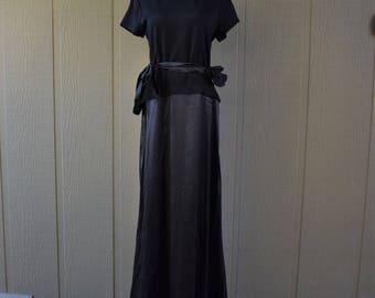 Vintage 1980-1990 Tadashi gown