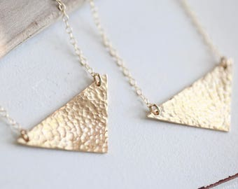 Gold Triangle Necklace, Gold Boho Necklace, Hammered Gold Arrow Necklace Gold Layering Necklace Simple Gold Geometric Necklace gold necklace