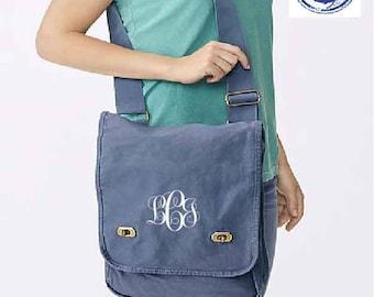 Monogram Messenger Bag, Monogrammed Crossbody Bag, Messenger Bag, Personalized Messenger Bag, Canvas Messenger Bag, Field Bag,Comfort Colors