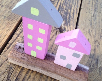 TINY houses on barnwood stand