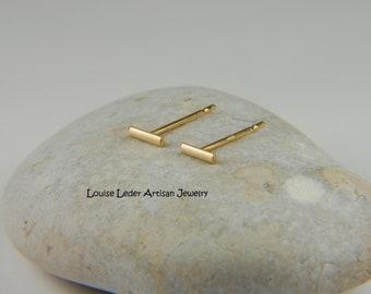 18K Gold Earrings Minimalist 18K Gold Studs Solid Gold Earrings Simple Earrings 18K Gold Jewelry Luxury Jewelry