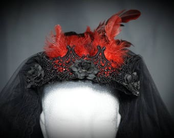 Gothic Veil 2 layered veil with red feathers/big veil with roses and red feathers