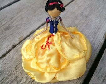 Snow White ~ Princess Bendy Doll ~ Designer Waldorf Flower Dolls ~ Rose Figurine Red Blue Yellow ~ Tiny Doll Charm Fairy