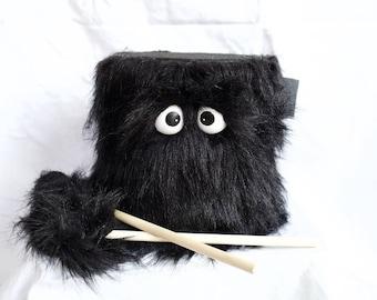 Tambour - les enfants fourrure noir fait à la main Durable respectueux de l'environnement amusant plus cool marche batterie pour enfants «BLAST BUDDY»