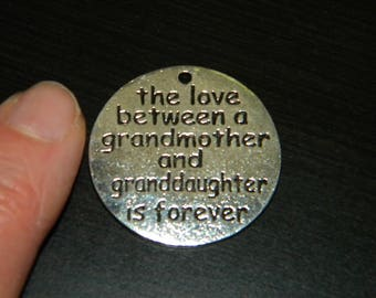 New 2/pc STATEMENT VERSE THE Love Between Grandmother, Granddaughter Silver-tone Round Pendant Charm 32mm