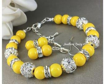 Yellow Bracelet Bridesmaid Gift Pearl Jewelry Gift for Her Bridesmaid Bracelet Jewelry Maid of Honor Wedding Rhinestones Bracelet