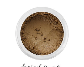 Cappuccino - Mineral Eyeshadow // Eyeshadow // Natural Makeup // Mineral Makeup // Brown Eyeshadow // Golden Makeup // Matte Pigment