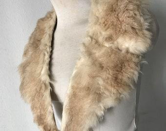 Vintage fur collar size universal .