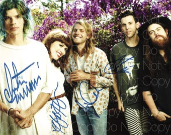 Grouplove signed Hannah Hooper Christian Zucconi Daniel Gleason Ryan Rabin 8X10 photo picture poster autograph RP