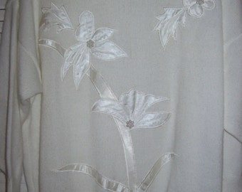 "Vintage White Satin on Knitted Sweater by Collections - Size 42"". Beautiful !"