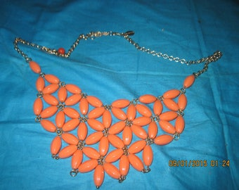Vintage LLY COUTURE Gold-Tone & Pink (Salmon) Beaded Ladies Necklace