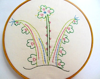 "PDF Stitchery Pattern ""Cloverbunda"" Flower Embroidery"