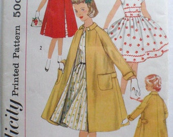 Girl's Vintage Sewing Pattern - Raglan Sleeve Coat and Retro Style Dress - Simplicity 1934 - Size 8, Breast 26 - MISSING INSTRUCTIONS