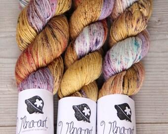 IMPRESSION - Hand Dyed Yarn,Merino Wool 70, Silk 20, Cashmere 10 DELUXE Wool, yellow ,purple, ocher,red,Fingering Weight, Knitting Supplies