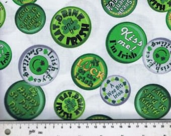 Fat Quarter A Wee Bit Irish Green White And Gold Buttons Cotton Quilting Fabric