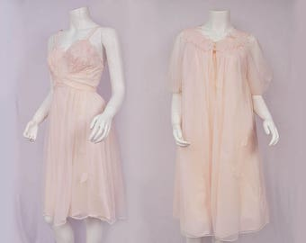1960s Pink Lingerie Set Chiffon Robe and Slip Dress/ Negligee Boudoir Gown/