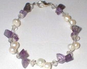 Amethyst and pearl bracelet Amethyst und Perlen Armband Bracelet améthyste et perle purple bracelet