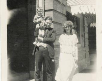 vintage photo 1924 Plaza Hotel Denver Colorado Mom Dad Little Girl 3 photo lot