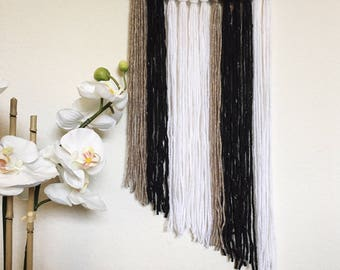 Neutral Yarn Hanging // Neutral Wall Decor // Neutral Wall Yarn Hanging // Living Room Wall Decor // Bedroom Yarn Hanging