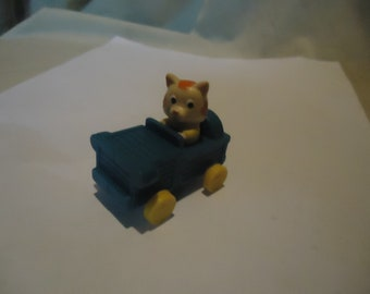 Vintage Plastic Busy Town Richard Scarry Huckle Cat in Blue Toy Car, collectable