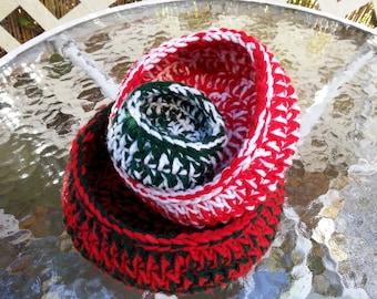 Christmas Nesting bowls Set of 3 - Hand crocheted