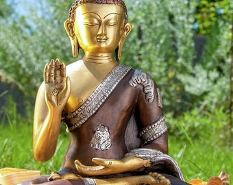 AMOGHASIDDHI – The green Buddha of the North