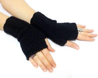 Fingerless hand knit black gloves, personalized gloves, boho knit glove mittens christmas gift, black and white, Stripes Gloves