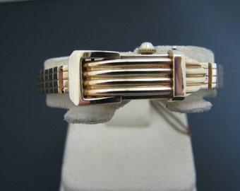 c459 Vintage Lady 14k Yellow Gold L Lechenger Hidden Buckle Watch