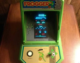 Vintage Sega frogger (buy today ship today)
