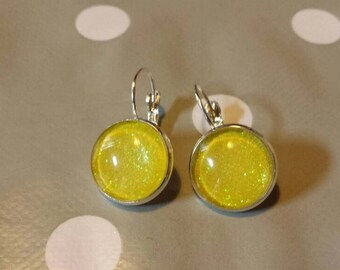 Earrings sleepers yellow glitter