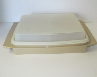 Vintage Tupperware Divided Storage Container with Lid Tan 723-1