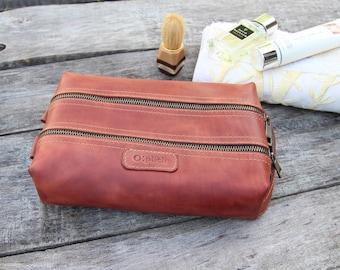Waxed Leather men's toiletry bag /Cognac leather dopp Kit/Men's shaving bag/Groomsman Gift /Travel Kit /Wedding Gift / Free Personalization