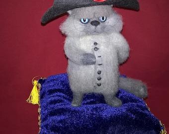 Napoleon cat - Needle Felted toy.