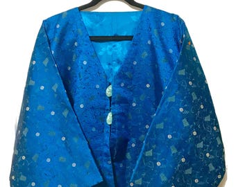 Vintage Kimono style short cocktail jacket, OS / L royal blue brocade, fully lined jade green bead buttons