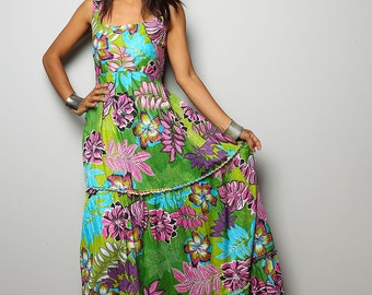 Boho Maxi Dress / Sleeveless Floral Print Long Dress : Hippie Chickie Collection