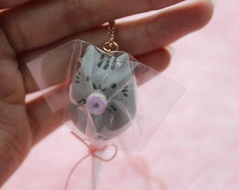Necklace - Marshmallow pop pusheen wrapped (donut)