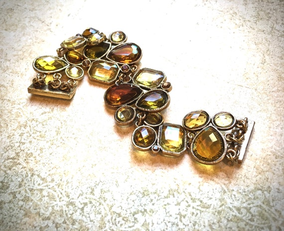 Honey Amber Vintage bracelet with geometric cabochons