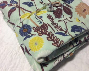SALE - Crib Sheet - Flower Field