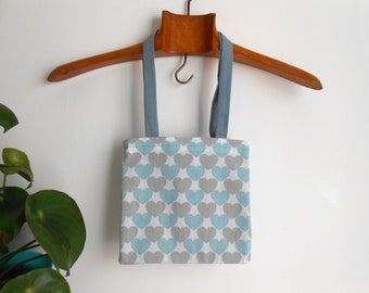 Small tote bag printed blue hearts, lined inside