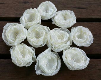 Upcycled fabric flowers