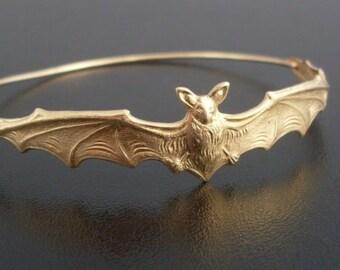 Halloween Jewelry, Bat Bracelet, Bat Jewelry, Halloween Bracelet, Halloween Bangle, Animal Jewelry, Animal Bracelet, Gold Bat Bangle