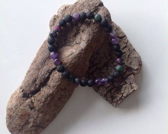 Stretch bracelet made of great materials such as turquoise, Amethys, lava, Zoisite and Rubin
