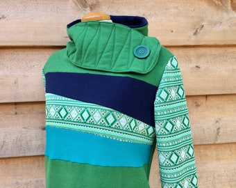 CLOVER Hoodie Sweatshirt Sweater Handmade Recycled Upcycled One of a Kind Green Ladies LARGE - Pockets Vintage Print